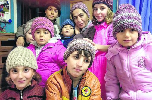 Mitgefühl und Mithilfe – Stricken und Häkeln für Flüchtlinge