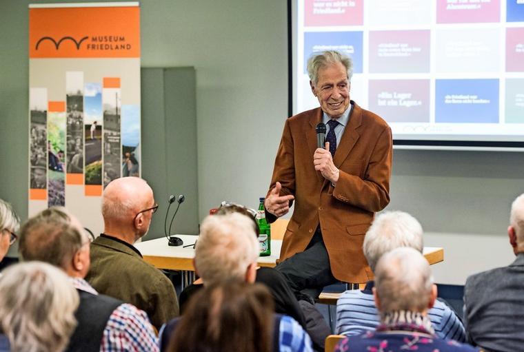 Henning Scherf spricht in Friedland über den Tod